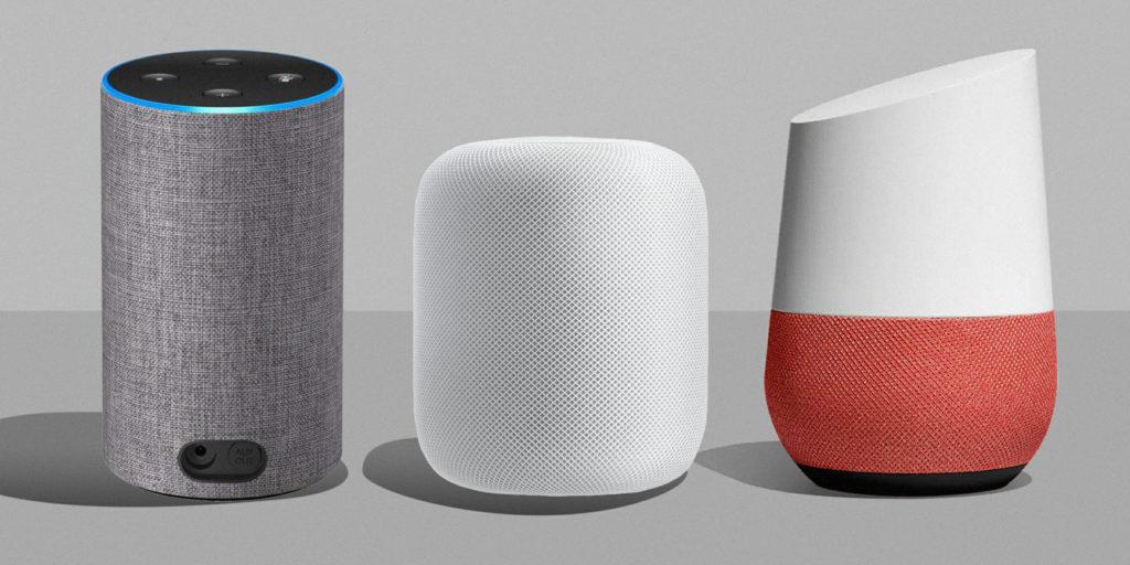 Google Assistant, Alexa og Siri er digitale assistenter som bruker kunstig intelligens til å lære seg eierens informasjonsbehov og kan utføre digitale oppgaver for eieren. (5)(6)